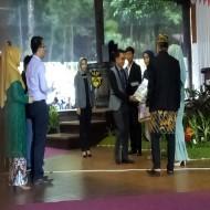 BJB KCP Cilimus berikan hadiah siswa berprestasi menabung